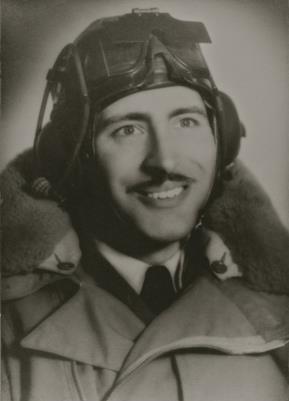 Stanley Maunder, Flight Lieutenant