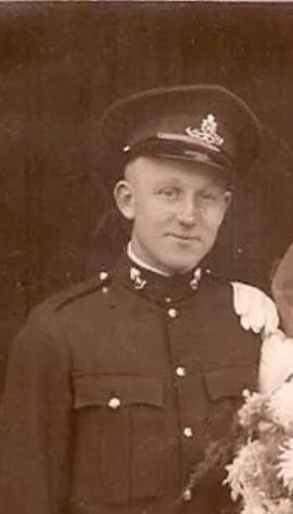 Frank  Hedley, Sergeant . Glider Pilot Regiment