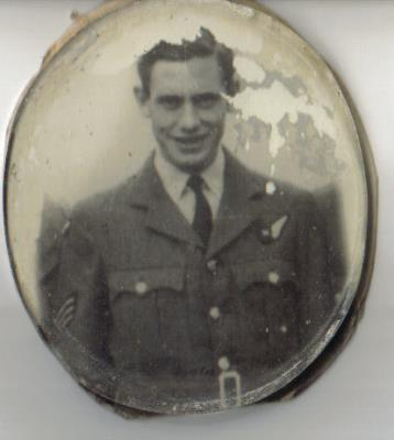 Brian Simnett, Royal Air Force Sergeant