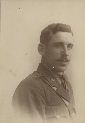 Thomas Farrell, Private upto 2nd Lt