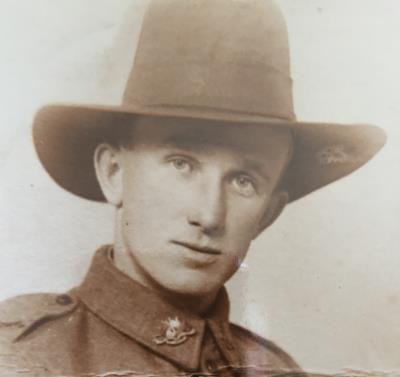 Robert Walter HAYES, WWI 21st Batt & 24th Batt, Sergeant (Australian)