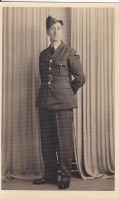 Ambrose Edward Wright,  Leading Aircraftsman service number 1293312 24 Squadron