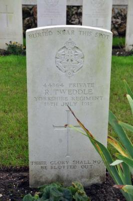 Ralph Tweddle, Pte No 44864 in 1/5TH BATTALION Alexandra, Princess of Wales's Own YORKSHIRE REGIMENT ( Now known as