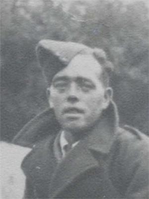 Leonard Nield , Fusilier