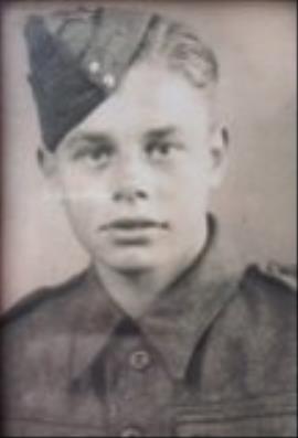 Charlie  Mills, Army WW11