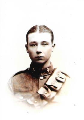 Frederick Charles Sutton, 1911-1917 Essex Yeomanry No 709; 10th Tank Corps 1917-1918 Private No 305535