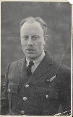 Leonard Frank Rogers Davis, Flight Sgt.RAF   Air Gunner
