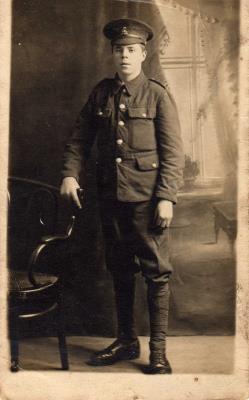 James Ralph Davis, Private, Worcester Reg